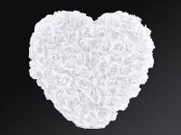 Srdce z ruží biele plné